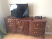 Selling gorgeous brown dresser!