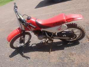 Honda 100cc 4 stroke dirt bike
