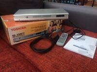 Toshiba SD-330E DVD player silver