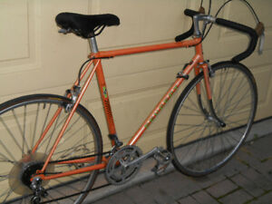 4 vintage road bikes- 2 lady's 2 mens all in great condition