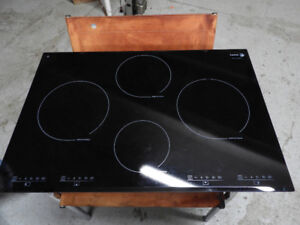 Fagor IFA80BF 30-Inch Induction Cooktop in very good condition