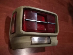 1970 - 1972 Toyota Corolla LH tail light assembly