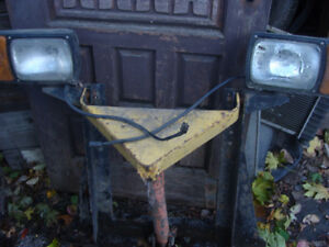A frame with Lights, Power Piston, For A Front Truck Snow Blade