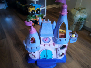 Fisher Price Little People Princess Songs Palace Castle Singing.