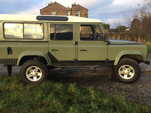 1993 Land Rover Defender 110 County (12 seater)