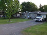 Fully renovated house in casselman