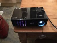 Video projector Acer X110 - need fixing (new lamp?)