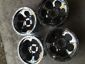 "4 New 14"" Chrome ITP wheels"
