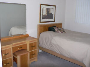 1 furnished bedroom for rent in a 4 bedroom townhouse