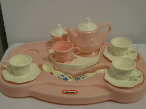 REDUCED Little Tikes Elegant Pink Tea Set for 3 Cornwall Ontario image 1
