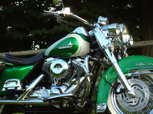 Harley Davidson Road King Classic...