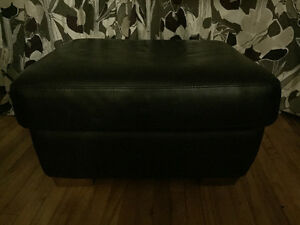Pouffe en simili cuire noir - Black faux leather foot rest
