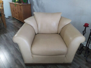 Leather sofa chairs reduced price