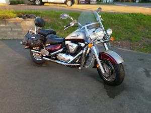 2001 Suzuki Intruder 1500