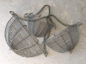 Decorative wire hanging baskets, set of 3