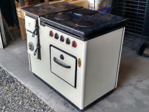 ETNA Wood Cook Stove /  Electric Stove Oven