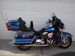2004 2 tone Blue Ultra Classic
