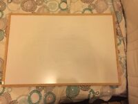 Whiteboard Vaneer Oak frame 60x90cm