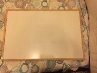 Whiteboard Vaneer Oak frame 60x90cm