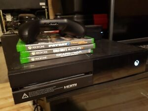 Xbox One 1 TB - 1 Controller 3 Games (Firm)