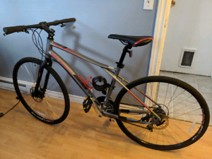 2017 GT commuter bike