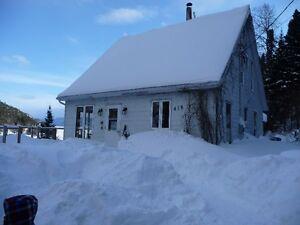 Chalet à louer, bord du Saguenay