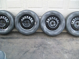 INFINITY SNOW AND ICE WINTERS 225/60R/17