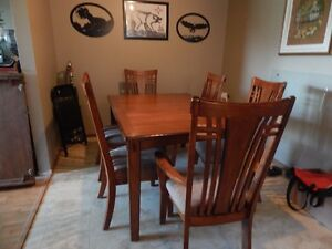 Acacia Wood Dining room set