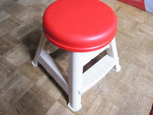 Step  2 Toddler/Child Stool, Like New::REDUCED