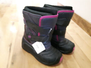 Brand New Girls Winter Boots size 2