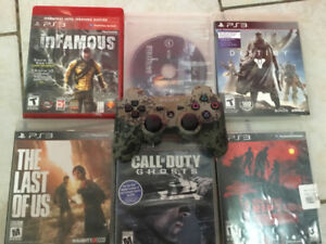 PLAYSTATION 3 PS3 PLUS BLU RAY MINT CONDITION WITH GAMES