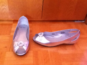 Girl's Size 4 Youth Dress Shoes