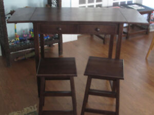 Multipurpose Table with Stools