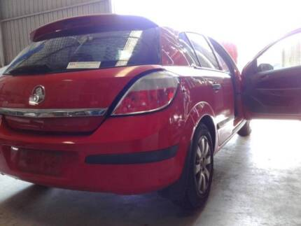 Holden Astra 2006 (RED) Wrecking for parts Neerabup Wanneroo Area Preview