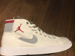 BRAND NEW NIKE AIR JORDAN SKY HIGH OG