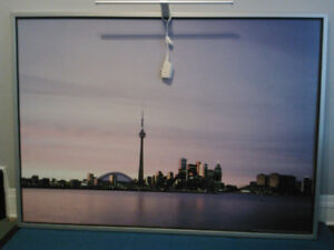 Picture of Toronto skyline with light
