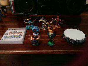 Skylanders swap force game, portal and EXTRA characters