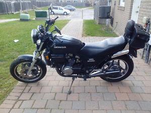 New Price.For sale a 1985 Honda V45 Sabre. $1300 OBO