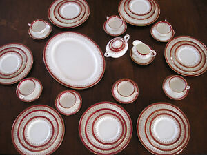 AYNSLEY Fine English Bone China set - DURHAM 1646