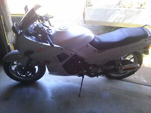 Wanted dirt bike name brand will trade 750cc Kawi 1988