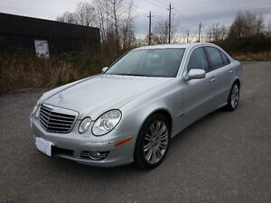 2009 Mercedes-Benz E-Class 4MATIC Fully loaded with Low KM