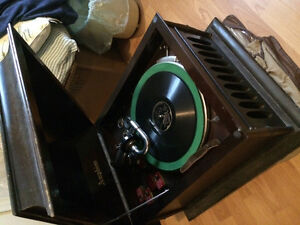 Amphion record player