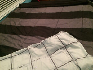 REVERSIBLE Twin Bedding Set - Perfect for Student Residence!! Belleville Belleville Area image 3