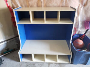 Toddler cubby bench
