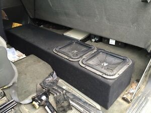 "2 Subs 10"" Kicker L7, 1600 Watt Amp & Box"
