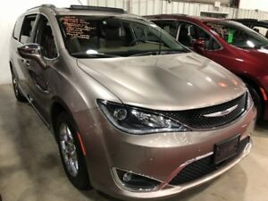 2018 Chrysler Pacifica Limited  w/ Advanced Safety & Tech