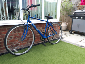 Halfords Apollo bike