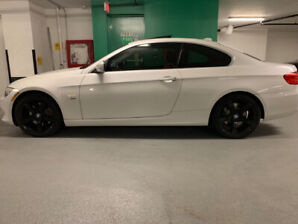 2012 BMW 335i (xDrive ) - No Accidents (white on red)