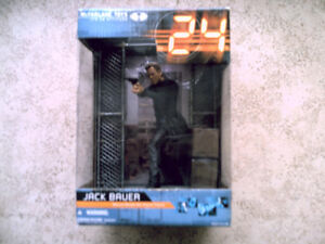 24 Jack Bauer Deluxe Boxed Set Action Figure McFARLANE