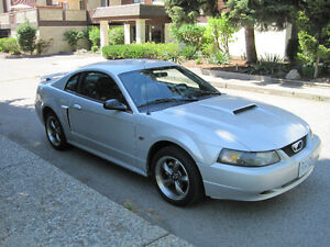 2003 Ford Mustang GT Coupe (2 door)